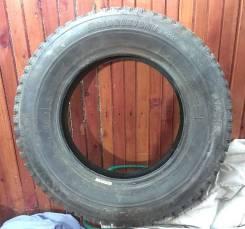 Bridgestone WT14. Зимние, шипованные, 2008 год, износ: 30%, 1 шт