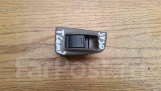 Кнопка стеклоподъемника Toyota Camry SV30