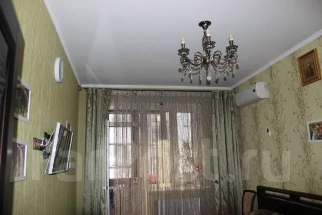 2-комнатная, улица имени Сергея Есенина 82. Прикубанский, частное лицо, 62 кв.м.