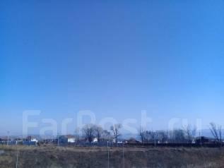 Продаю земельный участок 15 соток п. Шмидтовка (Де-Фриз). 1 500 кв.м., собственность, электричество, вода, от частного лица (собственник)