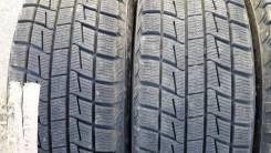 Bridgestone Blizzak Revo1. Зимние, без шипов, 2011 год, износ: 10%, 2 шт