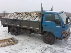Toyota Dyna. Toyota dyna, 3 700 куб. см., 3 165 кг.