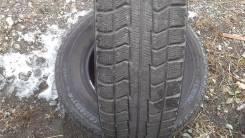 Bridgestone. Зимние, без шипов, 2000 год, 50%, 2 шт