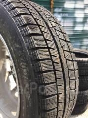 Комплект зимы Bridgestone 215/60/17. 7.0x17 5x114.30 ET38 ЦО 73,1мм.