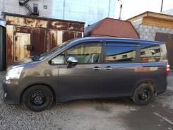 Toyota Noah. вариатор, передний, 2.0 (158 л.с.), бензин, 27 000 тыс. км