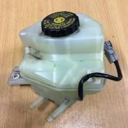 Бачок для тормозной жидкости. Toyota Prius, NHW20