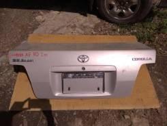 Накладка крышки багажника. Toyota Corolla, AE110