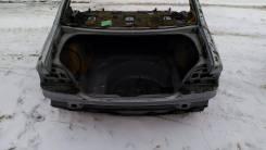 Задняя часть автомобиля. BMW 5-Series, E39
