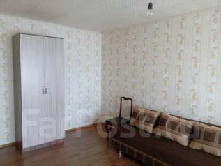1-комнатная, проспект Находкинский 64. агентство, 32 кв.м. Комната