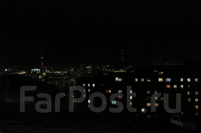 Гостинка, улица Чукотская 6а. Борисенко, 22 кв.м. Вид из окна днем
