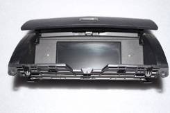 Дисплей. Mercedes-Benz C-Class, W204