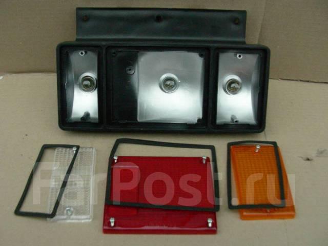Стоп сигнал (фонарь задний) Nissan ATLAS 220-21366