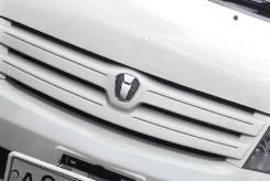 Решетка радиатора. Toyota ist, NCP60 Двигатель 2NZFE