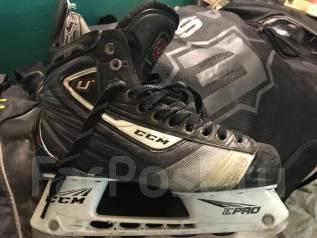 Коньки. размер: 42, хоккейные коньки
