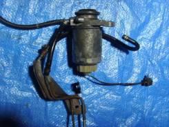 Крепление топливного фильтра. Mazda Bongo Friendee, SGL3, SGE3, SGEW, SG5W, SGLR, SGLW, SGL5 Двигатель WLT