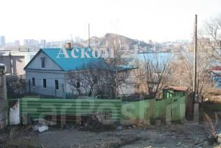 Продам земельный участок с домом и бизнесбоксом в центре Чуркина. 613 кв.м., собственность, аренда, электричество, вода, от агентства недвижимости (п...