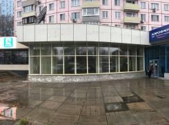 Сдам в аренду помещение на Светланской 143. 500 кв.м., улица Светланская 143, р-н Центр. Дом снаружи