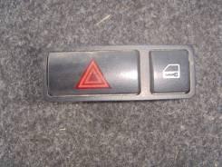 Кнопка включения аварийной остановки. BMW X5, E53