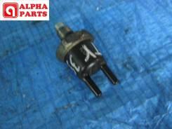 Клапан вакуумный Toyota 90917-11023