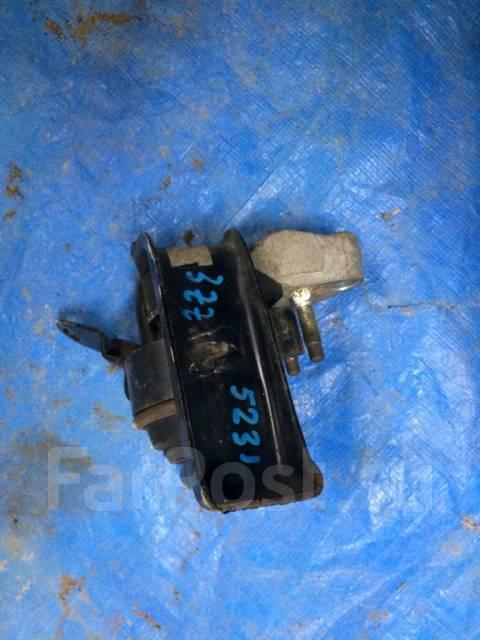 Кронштеин мкпп Toyota Corolla 120 3ZZ ( задний ) 5263. Toyota: Corolla Axio, Corolla Verso, Matrix, Corolla Fielder, Corolla Двигатели: 1ZZFE, 3ZZFE...