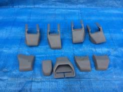 Крышка петли сиденья. Toyota Mark X, GRX120, GRX121, GRX125 Двигатели: 4GRFSE, 3GRFSE