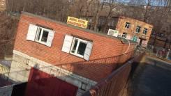 Сдается павильон. 42 кв.м., улица Адмирала Кузнецова 50, р-н 64, 71 микрорайоны. Дом снаружи