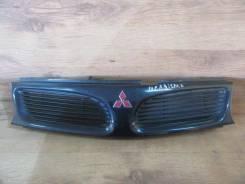 Решетка радиатора. Mitsubishi Carisma, DA6A, DA2A, DA1A Двигатели: 4G13, 4G93, GDI, 4G92