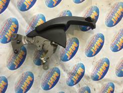 Ручка ручника. Honda CR-V, RD3, RD4, RD5, RD6, RD7, RD8, RD9