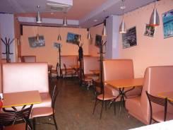 Сдам помещение 55 кв. м в центре (кафе, салон, магазин). 1 100 кв.м., улица Лейтенанта Шмидта 30, р-н Центральный