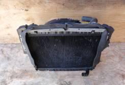 Радиатор охлаждения двигателя. Toyota Hiace Truck