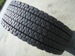 Bridgestone W900. Зимние, без шипов, 2007 год, износ: 20%, 2 шт