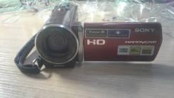 Sony HDR-CX150E. Менее 4-х Мп, с объективом