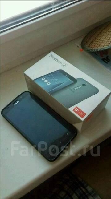 Asus ZenFone 2 ZE551ML. Б/у, Dual-SIM
