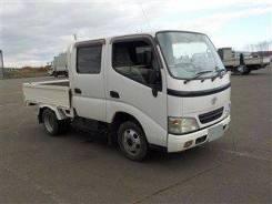 Toyota Dyna. Бортовой грузовик двухкабинный Toyota DYNA, 2 500куб. см., 1 500кг., 4x4. Под заказ