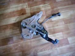 Педаль ручника. Honda Mobilio, GB1 Двигатель L15A