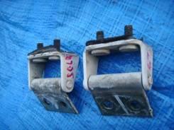 Крепление двери багажника. Mazda Bongo Friendee, SG5W, SGE3, SGEW, SGL3, SGL5, SGLR, SGLW Двигатель WLT