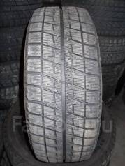 Bridgestone Blizzak Revo2. Зимние, без шипов, 2009 год, износ: 20%, 1 шт