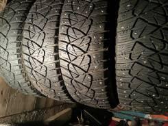 Dunlop Ice Touch. Зимние, шипованные, износ: 10%, 4 шт