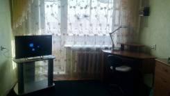1-комнатная, улица Кирова 25. Центр, частное лицо, 32 кв.м. Комната