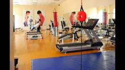 Тренажерный зал в спортивном комплексе Локомотив приглашает
