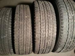 Dunlop SP Winter ICE 01. Зимние, шипованные, износ: 30%, 4 шт