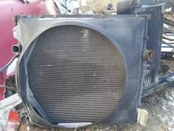 Радиатор охлаждения двигателя. Volvo VNL