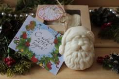"""Мыло-скраб """"Дед Мороз"""" в подарочной коробке с открыткой!"""