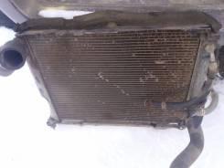 Радиатор охлаждения двигателя. Toyota Hiace, KZH106W Двигатель 1KZTE