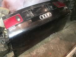 Накладка на дверь багажника. Audi A8