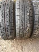 Bridgestone Blizzak Revo2. Зимние, без шипов, 2011 год, износ: 10%, 2 шт
