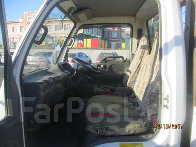Isuzu Elf. Продается бортовой грузовик с аппарелью ., 4 300 куб. см., 3 000 кг.