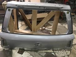 Накладка на дверь багажника. Toyota Land Cruiser, URJ202, GRJ200, J200, URJ200, UZJ200, UZJ200W, VDJ200 Двигатель 1URFE