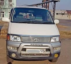 Toyota Hiace Regius. автомат, 4wd, 3.0 (130 л.с.), бензин, 427 000 тыс. км