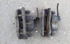 Суппорт тормозной. Mitsubishi Pajero, V44W, V44WG, V45W, V46W, V46WG